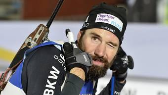 Benjamin Weger zwinkert in Östersund in die Kamera.