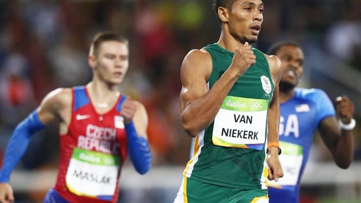 Wayde van Niekerk lässt den Gegnern das Nachsehen