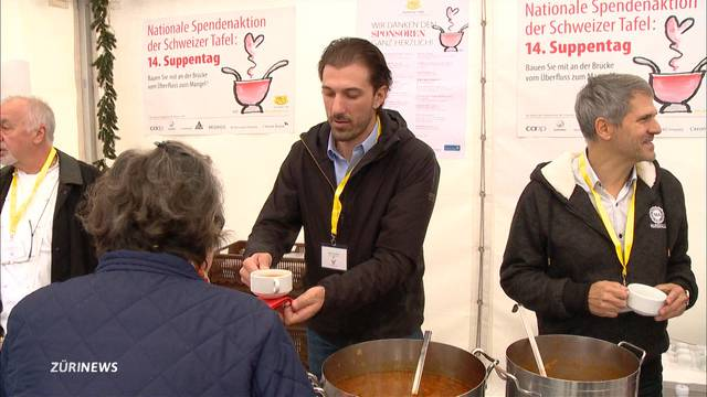 Promis schenken Suppe für die Armen aus
