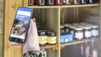 In 30 Aargauer Hofläden kann man neu mit der App Twint bezahlen