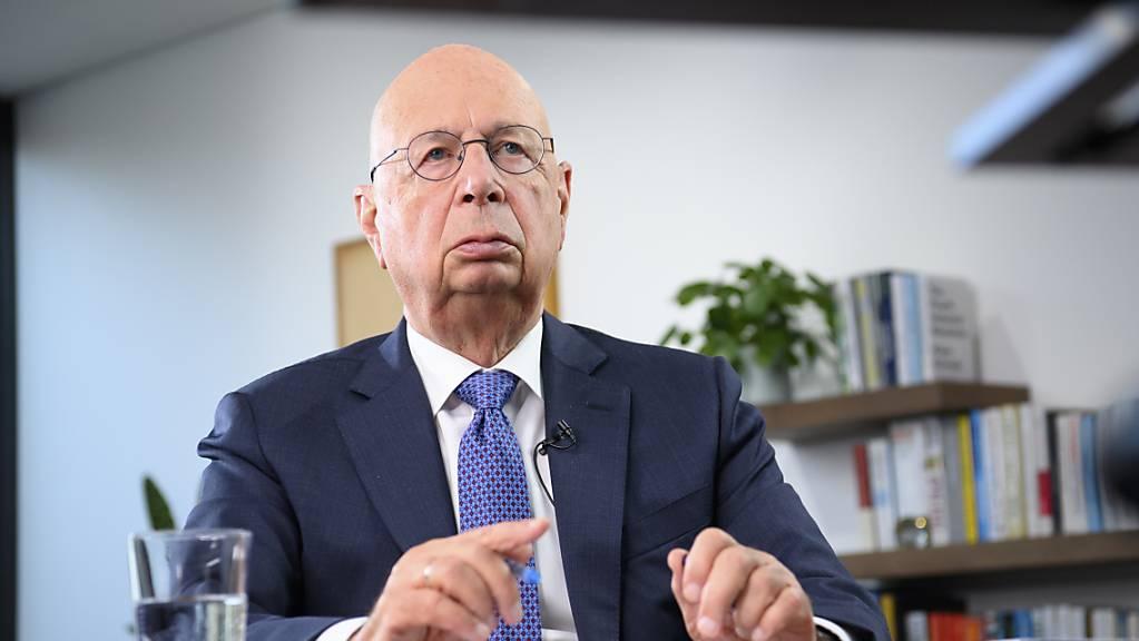 Klaus Schwab, Gründer des Weltwirtschaftsforums (WEF), ruft dazu auf, den Neuanfang nach der Corona-Pandemie zu nutzen, um Gesellschaft und Wirtschaft neu auszurichten. (Archivbild)