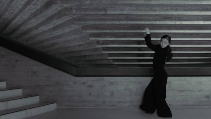 """Das St. Galler Tanzensemble nutzte die """"Zwischenzeit"""" während des Corona Lockdowns für den Dreh eines Tanzfilms. """"720°"""" ist eine Hommage an die Architektur des Theatergebäudes."""