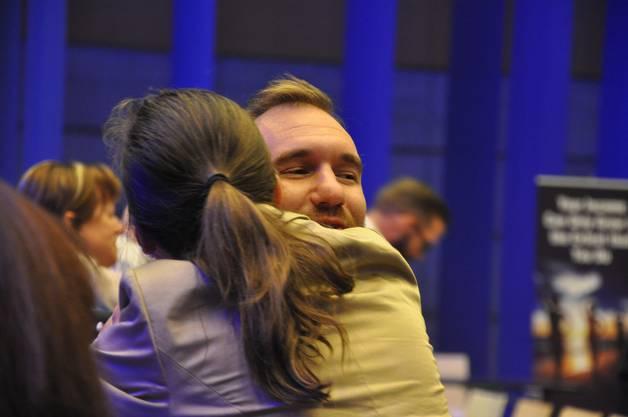 Bei manchen flossen Tränen, als sie Nick Vujicic umarmten