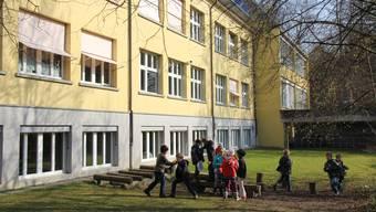 An der Einwohnergmeindeversammlung soll auch über den Kredit für die Modernisierung der Schulanlage Rothbleicherain in Niederlenz entschieden werden.