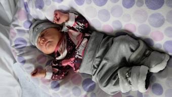 Die Prognose der Ärzte stimmte genau: Elin Joy Keller kam am  1.Januar zur Welt und ist das «Limmi»-Neujahrsbaby.