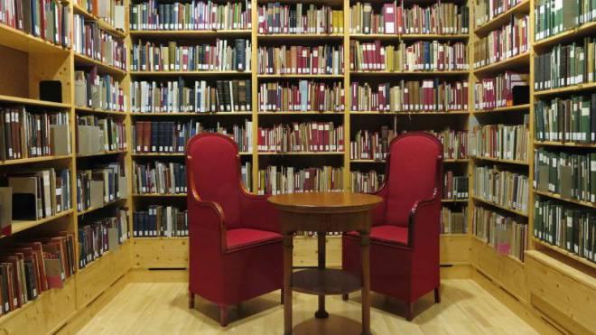 Rudolf Steiners thematisch geordnete Privatbibliothek mit 9000 Bänden. Foto: ZVG