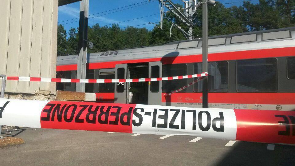Drama in Zug beim Bahnhof Salez-Sennwald (© TVO, Tobias Lenherr)