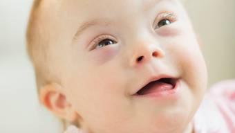 Kann man auf eine Karte «Herzlichen Glückwunsch» schreiben, wenn das Neugeborene behindert ist? Egal, sagen Betroffene - Hauptsache die Freunde ziehen sich nicht zurück.