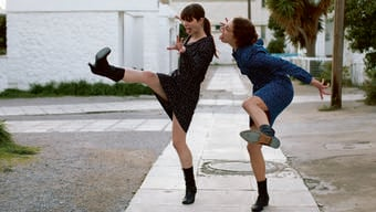 Was ist das schon - Sexualität? Die Girls in «Attenberg» testens aus.