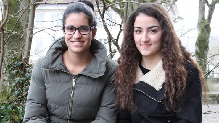 Die Erfahrung mit der Arbeitslosigkeit haben Gamze Gül (links) und Tamara Stojanovic für die eigene Berufswahl sensibilisiert. MCH