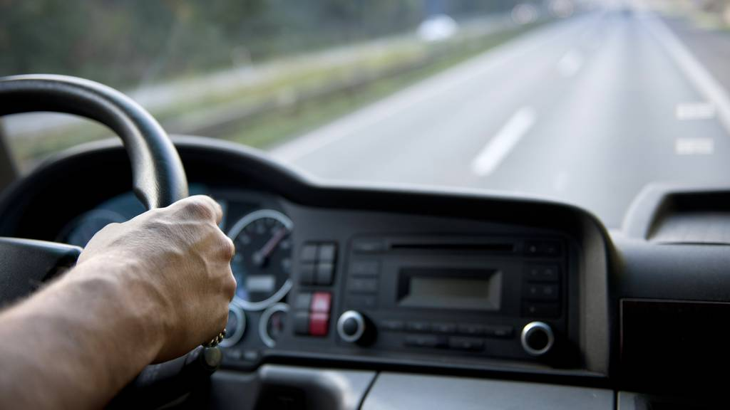 Fast ein Promille: Lastwagenchauffeur auf A2 gestoppt