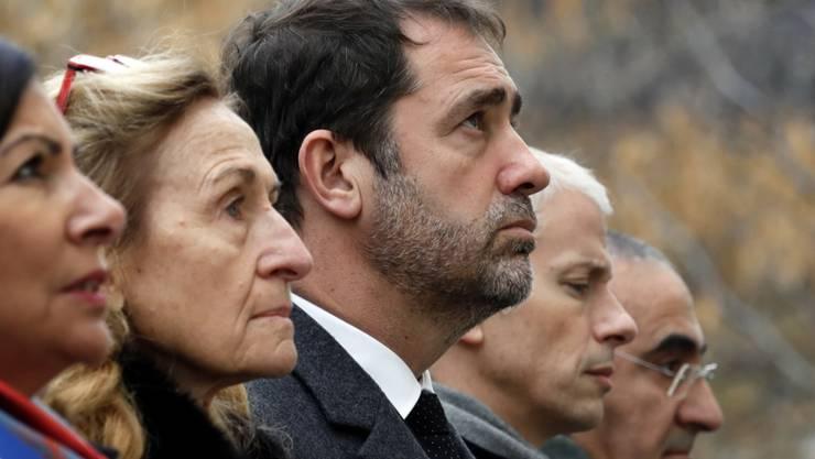Gedenken an die Terroropfer - von links nach rechts: die Pariser Bürgermeisterin Anne Hidalgo, Justizministerin Nicole Belloubet, Innenminister Christophe Castaner und Kulturminister Franck Riester.
