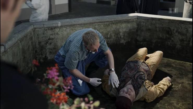 Bestatter (Staffel 7): Im Aarauer Gerechtigkeitsbrunnen liegt ein Toter