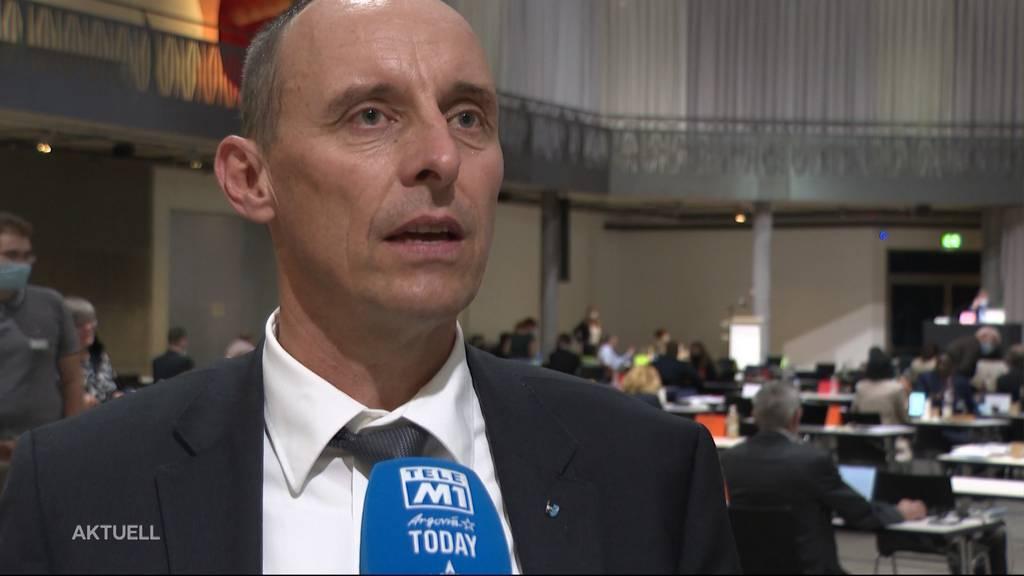 Politisieren ohne Maske: Aargauer Grossratspräsident hebt Maskenpflicht auf