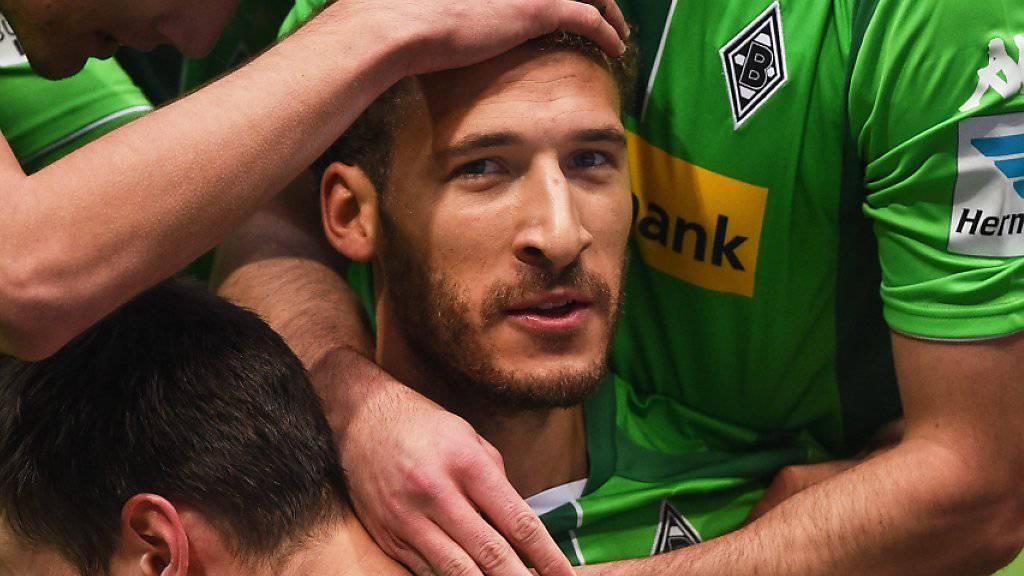 Am Anfang und am Schluss gefeierter Spieler: Mönchengladbachs Fabian Johnson (Bildmitte)