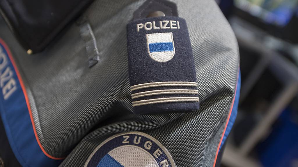 Die Zuger Polizei ist in Unterägeri wegen drei betrügerischen Bettlern ausgerückt. (Symbolbild)