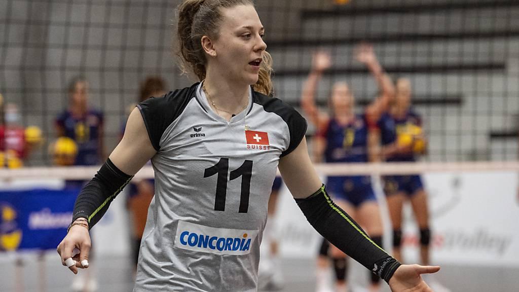 Maja Storck präsentiert sich für die Schweiz zum Auftakt der EM-Qualifikation als Heilsbringerin