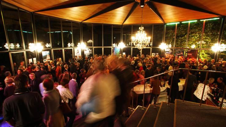 Das Sachs-Foyer – hier beim Saisonstart im Herbst 2010.  (cis)