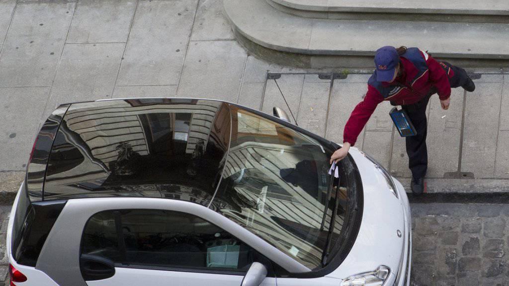Ein Italiener erhielt von der Polizei seit dem Jahr 200 765 Strafzettel (Archiv)