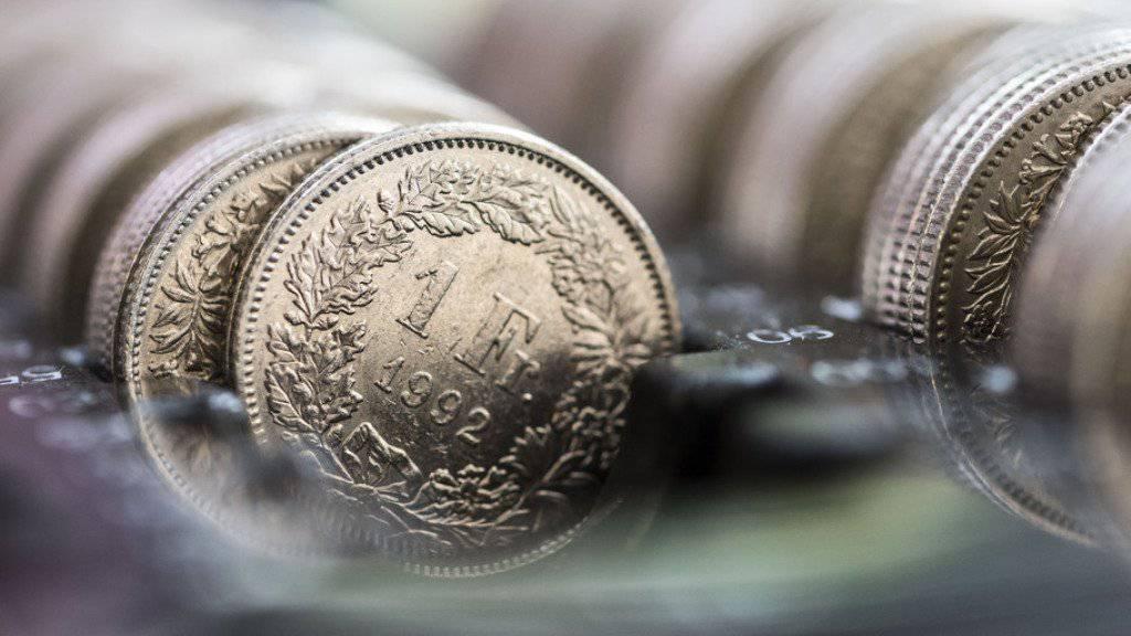 Die Rechnung stimmte nicht: Der Bund wird auch dieses Jahr mit grosser Wahrscheinlichkeit einen Überschuss bei den Bundesfinanzen ausweisen können. (Symbolbild)