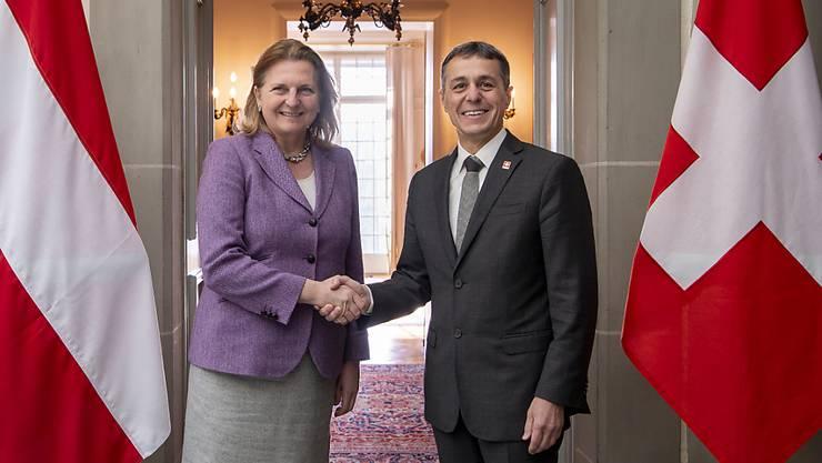 Aussenminister Ignazio Cassis hat am Dienstag die österreichische Aussenministerin Karin Kneissl im Von-Wattenwyl-Haus in Bern empfangen.