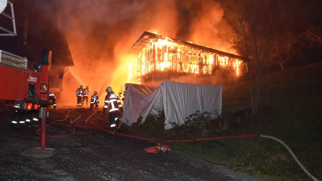Scheune in Marbach komplett abgebrannt