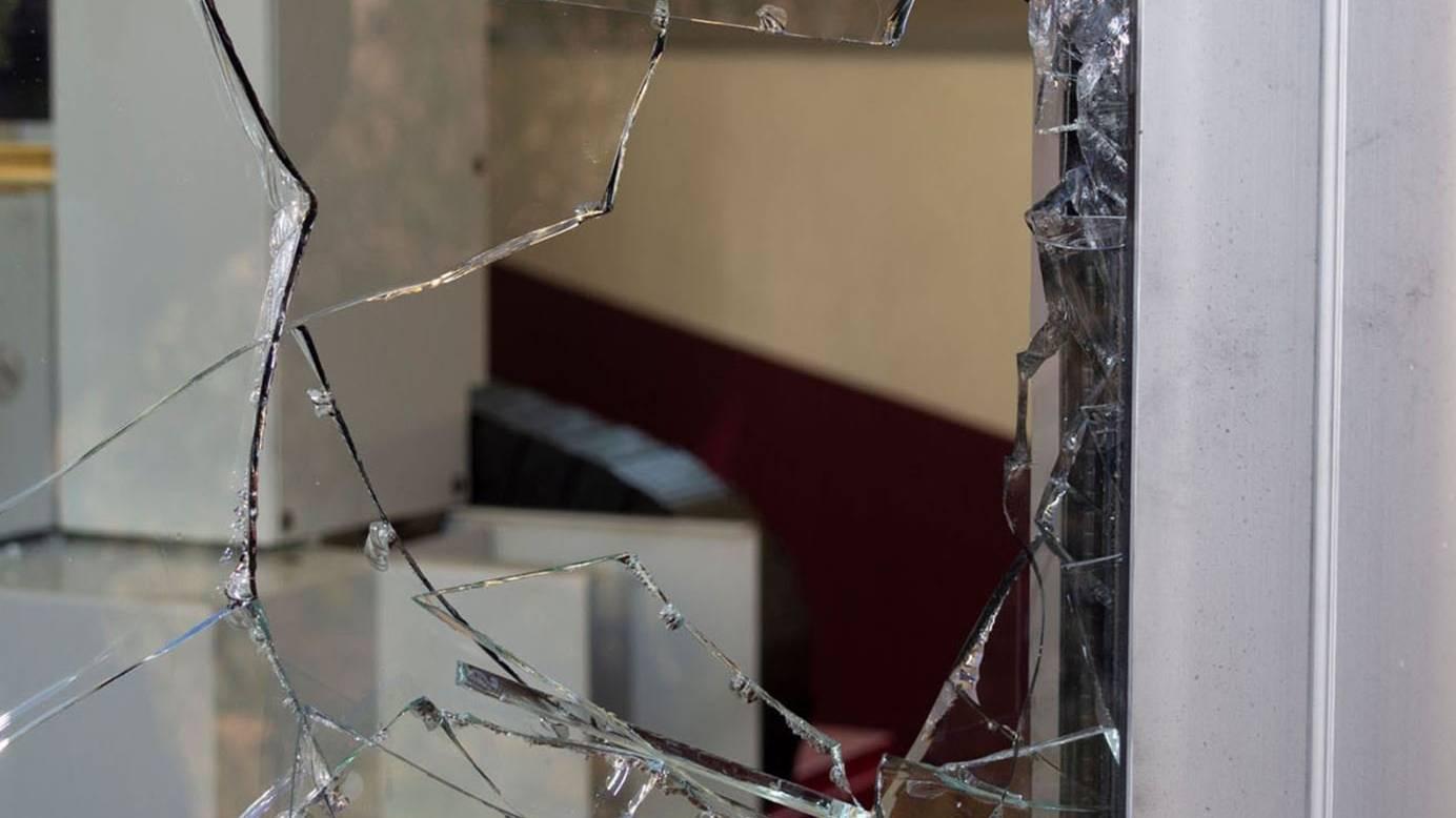 Bei den Einbrüchen erbeutete der 23-Jährige Geld und elektronische Gegenstände im Wert von über 40'000 Franken.
