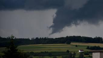Tornadoansatz über dem Seetal