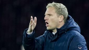 Thuns Cheftrainer Marc Schneider ist immer ganz bei der Sache.