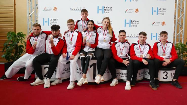 Das Karate-Team des Budo Sport Center (U18 bis und mit Elite) am zweiten Swiss-Karate-League-Turnier in Lausanne.
