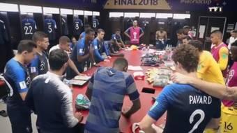 Paul Pogba hält vor dem WM-Final in der Garderobe eine Rede