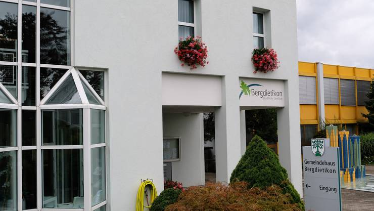 Gemeindehaus Bergdietikon: Am 15. Oktober wählt das Dorf den neuen Gemeindeammann und den neuen Vize-Ammann.