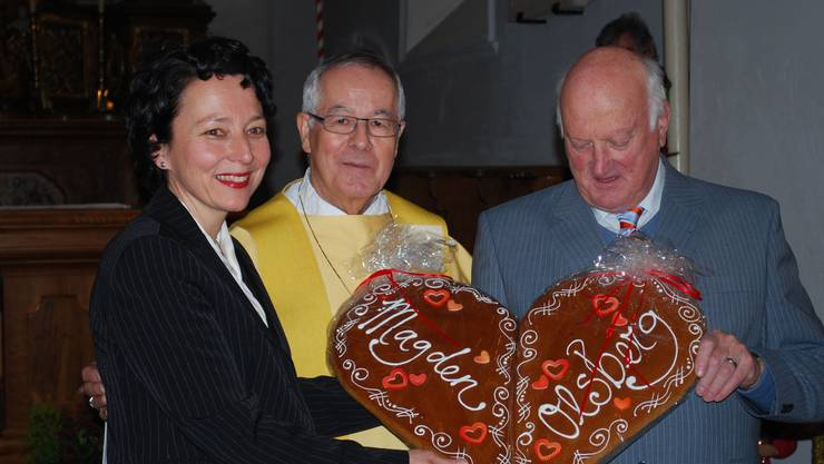Manuela Petraglio, Bischof em. Fritz René Müller und Erwin Bürgi.  zvg