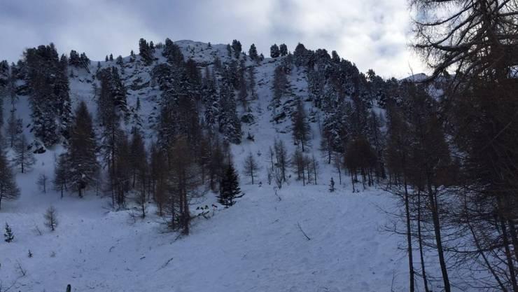 Die Freerider lösten das Schneebrett selber aus. Zwei starben in den Schneemassen, zwei blieben unverletzt.