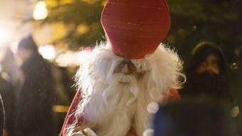 Weihnachtsmarkt und Chlauseinzug Dietikon