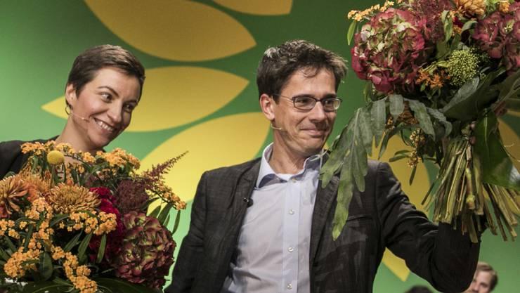 Ska Keller (Deutschland) und Bas Eickhout (Niederlande) jubeln beim 29. Europäischen Rat von Bündnis 90/Die Grünen nach ihrer Wahl zu den Spitzenkandidaten der Europäischen Grünen für die Europawahlen im Mai 2019.
