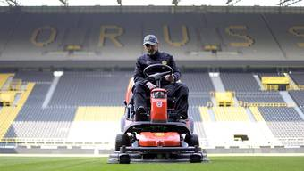Die deutschen Fussballfans müssen sich noch etwas länger gedulden, bis die Saison fortgesetzt wird