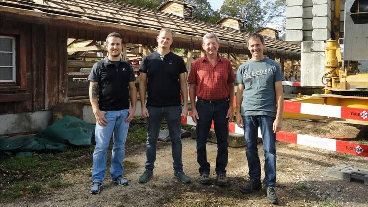 Begleiteten das Projekt als Arbeitsgruppe: (von links) Rico Meier, Michael Brunner, Urs Meier und Stefan Eggenschwiler, der Präsident der Bürgergemeinde Laupersdorf.