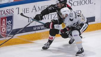 Den Favoriten erfolgreich geärgert: Nicht zuletzt dank Ryan Gundersons (vorne) erstem Treffer in der Schweiz gewann Fribourg-Gottéron in Lugano 4:1