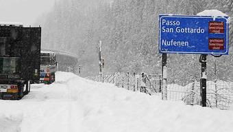 Teilweise chaotische Zustände: Wintereinbruch auf der A2