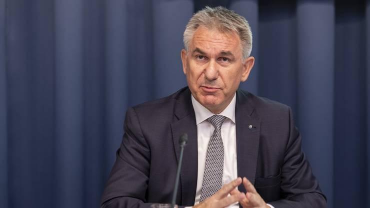 Bildungsdirektor Alex Hürzeler sagte am Freitag vor den Medien Aarau, die Massnahmen des Bundesrates seien auch für den Aargau massiv.