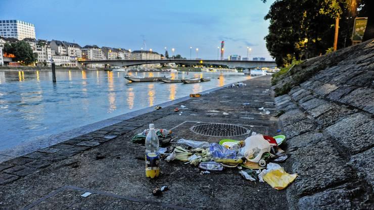 Mehr Stufen statt Rampen könnten helfen, das Gedränge am Rhein zu lösen und eine Aufwertung zu schaffen, die von den Nutzern auch mehr Wertschätzung erhält.