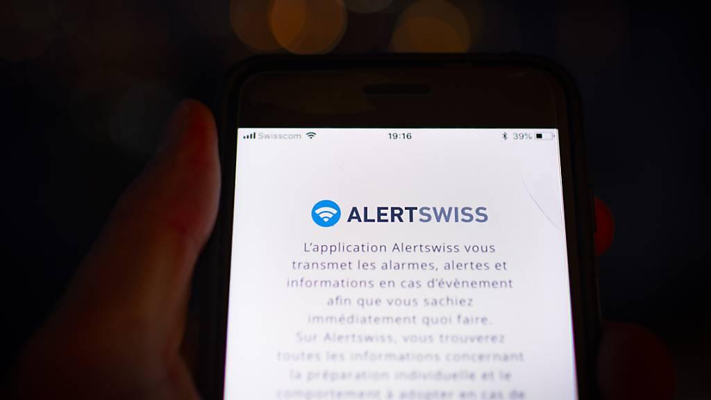 Alertswiss verbreitet seine Alarmmeldungen jetzt auch über die neue Version der MeteoSwiss-App. (Archivbild)