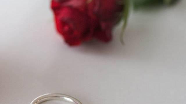 Hochzeit mit 96 (Symbolbild)