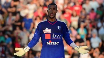 Joel Kiassumbua musste beim Hinspiel in Genf zum Einstand von Trainer Gabriele gleich sechs Mal den Ball aus dem Netz holen.