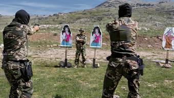 """In ihren Bildern zeigt die deutsche Fotokünstlerin Herlinde Koelbl, wie Soldaten das Töten einüben. Die Ausstellung """"Targets"""" wird am 22. April im Museum für Gestaltung in Zürich eröffnet."""