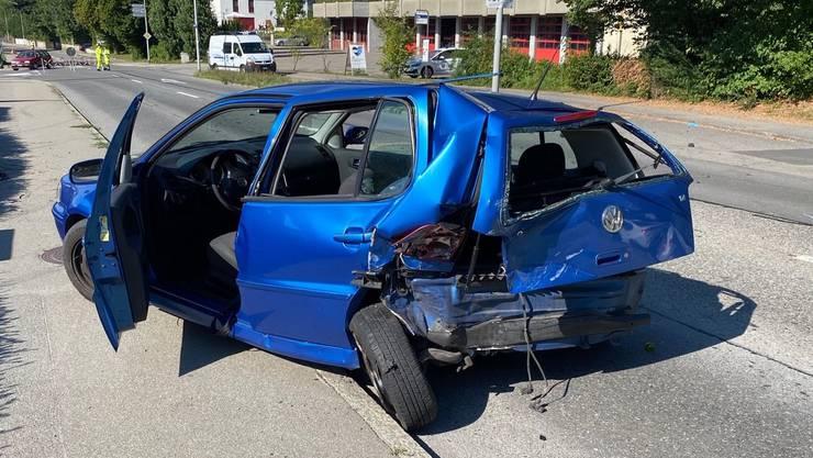 Zwei Fahrzeuge prallten am Sonntagnachmittag zusammen. Niemand wurde schwer verletzt.
