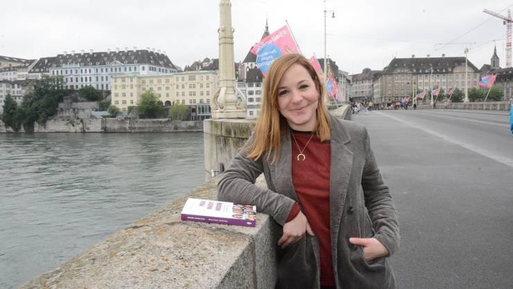 Nora Bader wird künftig als einzige Basel-Korrespondentin für «20 Minuten» tätig sein. Kürzlich ist zudem ihr Buch «Frau macht Medien» erschienen.