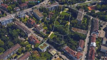 Am Eingang zum Rosenfeldpark steht ein ehemaliges Werkgebäude der Stadtreinigung leer. Die Stadt will den Boden verkaufen, SP und Juso sind dagegen.