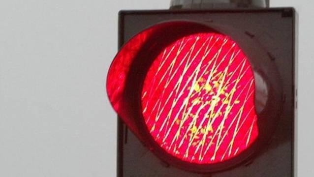 Rote Ampeln sorgen für rote Köpfe im Grossen Rat Basel. (Symbolbild)